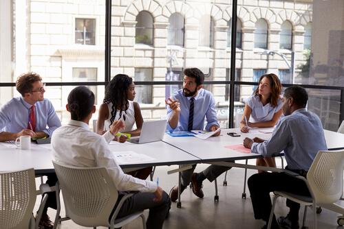 Hierarchie und Karriere